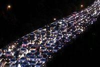 وضعیت ترافیک در آزادراه تهران - کرج  سنگین است