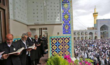 لحظات تحویل سال نو در بارگاه مطهر امام رضا