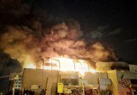 آتشسوزی گسترده در مرکز تجاری زیتون +عکس