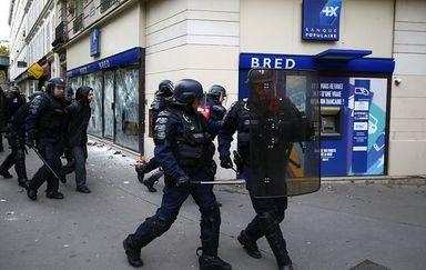 اعتراض کارمندان علیه سیاستهای دولت فرانسه