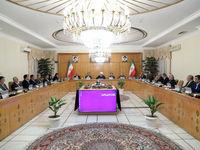روحانی: سپاه مدافع آزادی و امنیت در منطقه و در رأس مبارزه با تروریسم است/ زمان گلهگذاری از یکدیگر نیست؛ باید همه در صف واحد و مستحکم در برابر توطئه آمریکا بایستیم