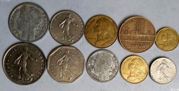 کشف ۲۷سکه قدیمی در سرایان