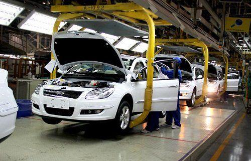 سهام دولت در خودروسازیها به صفر برسد/ مجلس پیگیر اصلاح ساختار مالکیت خودروسازها است
