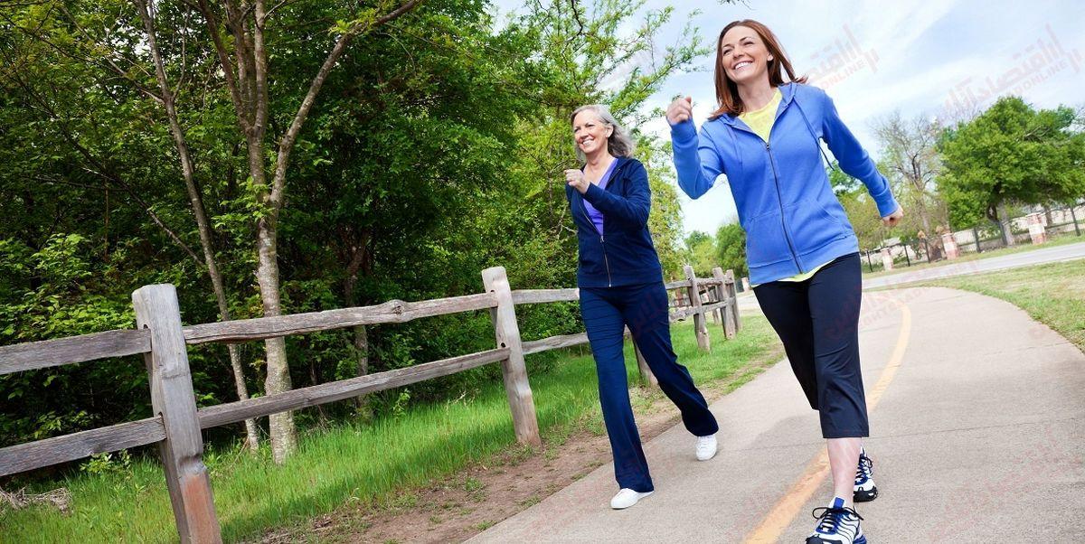 ۶ روش بهکارگیری پیاده روی برای تسکین علائم یائسگی