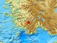 زمینلرزه ۶.۴ریشتری غرب ترکیه را به لرزه درآورد