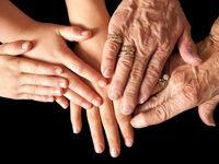 ۱۳ عادت روزمره که شما را پیر میکند