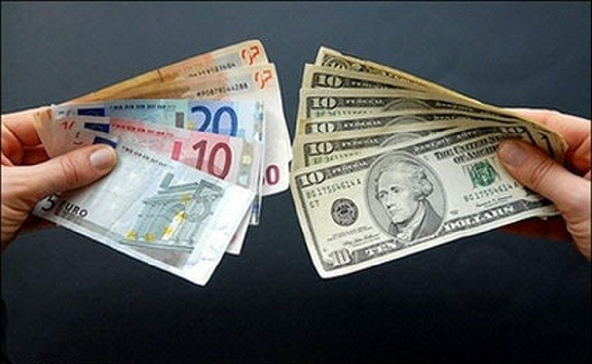 دلار در کف و یورو در سقف ۳ساله!