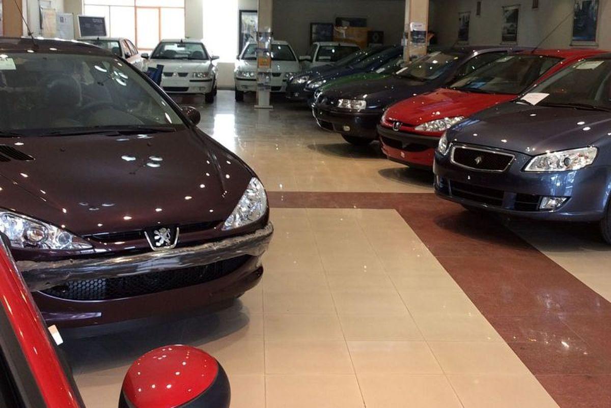آغاز افزایش قیمتها با ادامه سرگردانی در بازار خودرو