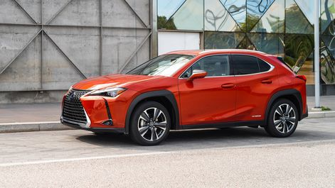 2019-Lexus-UX-250h-Four-Blazing-Carnelian-Contras-7