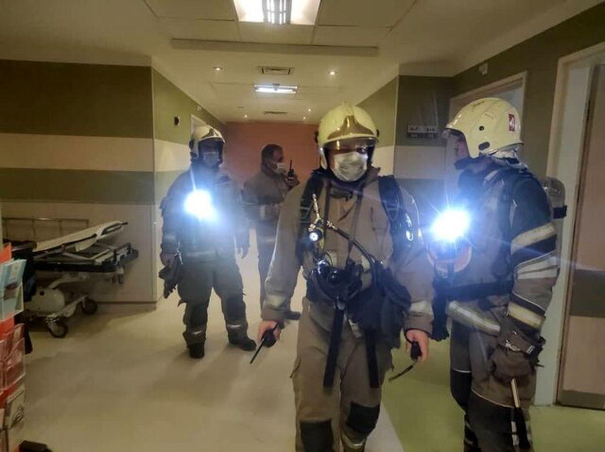 آتش سوزی شبانه بیمارستانی در مرکز تهران + عکس