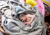 دلایل رشد خرید و فروش نوزادان در ایران