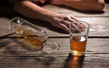 مسمویت با الکل جان یک نفر را گرفت