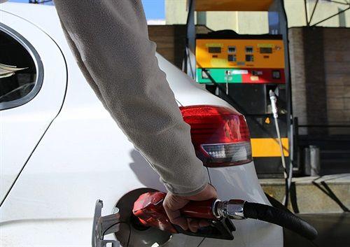 تشریح آخرین سناریو برای سهمیهبندی بنزین/ اختصاص روزانه یک لیتر بنزین به هر نفر