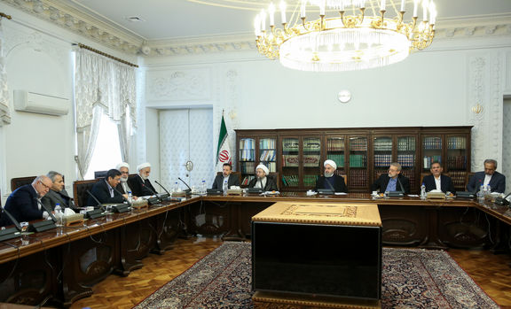سیاستهای جدید بانک مرکزی برای مدیریت بازار پول و ارز تصویب شد/ واردات ارز به هر میزان آزاد است