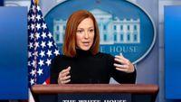 درگیری سخنگوی کاخ سفید با حشره مزاحم + فیلم