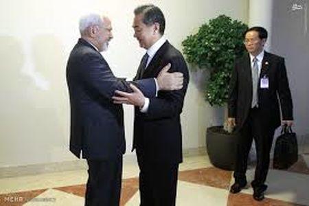 وزیر خارجه چین: چین از منافع ایران حراست میکند