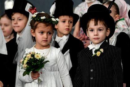 عروسی جالب کودکان در آلمان +عکس