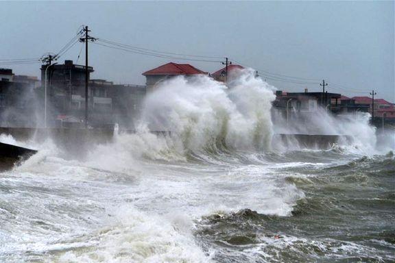 سیل و توفان بخشهایی از چین را فرا گرفت