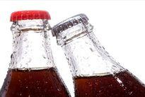 مصرف زیاد نوشابههای گازدار به کلیهها آسیب میرساند