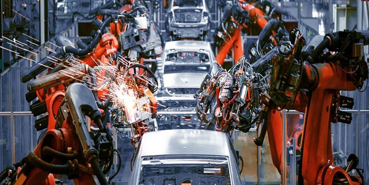 مشکلات صنعت خودرو به دلیل سیاست های نادرست است