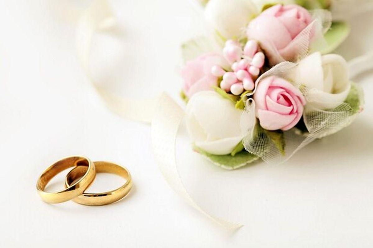 جشنهای مجلل عروسی به تاریخ پیوست؟