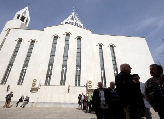 حضور پررنگ اقلیتهای مذهبی در انتخابات+عکس