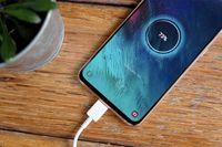 ۸ مکان خطرناک برای شارژ موبایل