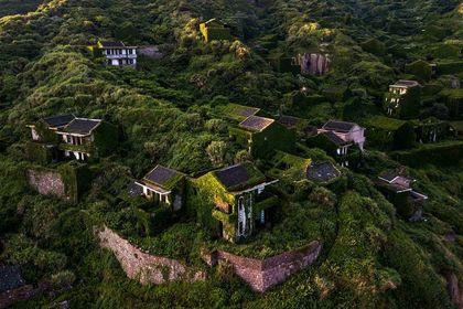 زیباترین روستای متروکه جهان +تصاویر