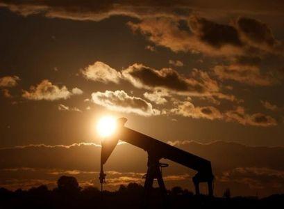 گزارش رسانه آمریکایی از پیامد تحریم ایران و افزایش قیمت نفت