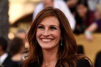جولیا رابرتز لبخندش را ۳۰ میلیون دلار بیمه کرد! +عکس