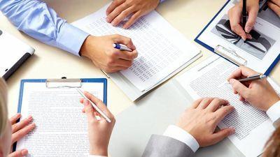 توقف٬ ۱۵بازگشایی و دو تعلیقی در معاملات امروز/ فسخ یک قرارداد در «شپنا»