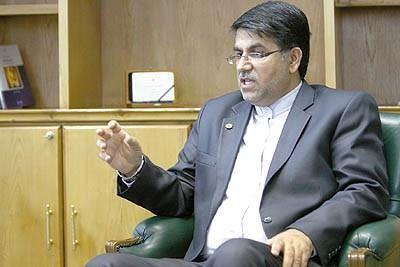 قضاوی: سیر قهقرایی اقتصاد ایران متوقف شد