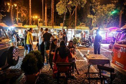 شبهای خیابان تاریخی سیتیر +عکس