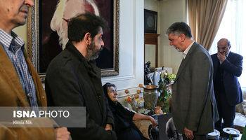 وزیر ارشاد و هنرمندان در منزل مرحوم مشایخی +تصاویر