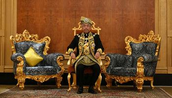 تاجگذاری شانزدهمین پادشاه مالزی +تصاویر