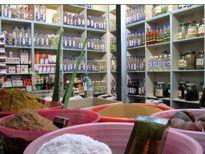 دورخیز وزارت بهداشت برای حذف عطاریها