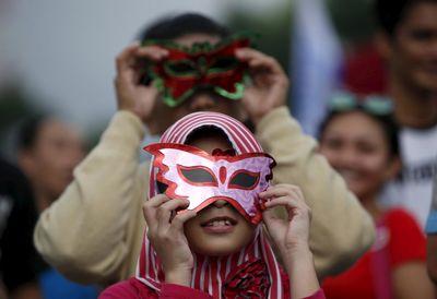 خورشید گرفتگی نادر در اندونزی! +تصاویر