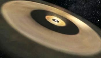 یک منظومه شمسی در حال شکلگیری کشف شد