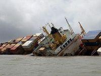 اولین تصاویر از غرق شدن کشتی ایرانی بهبهان در سواحل عراق