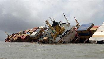 معاون سازمان بنادر: کشتی شباهنگ به دلیل آبگرفتگی غرق شد