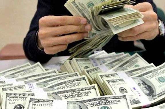 در نرخ بالای ارز چه کسی سود میبرد؟