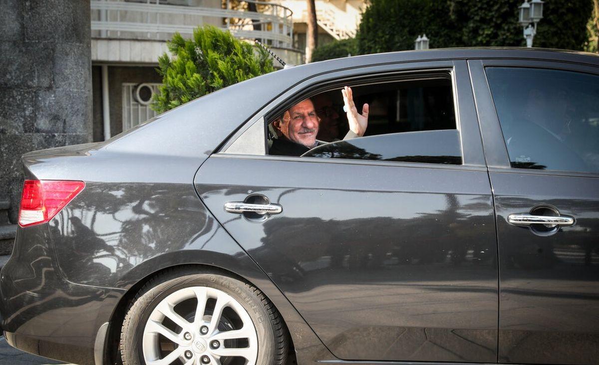 جهانگیری چه خودرویی سوار میشود؟ +عکس
