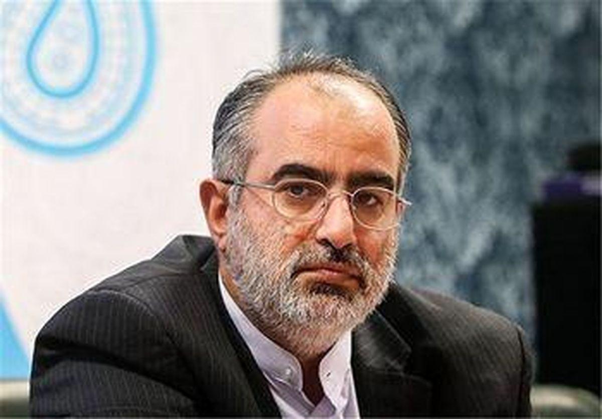 مشاور روحانی: ترامپ لیاقت ندارد طرف مذاکره ایران باشد