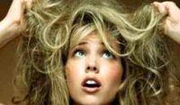 ۴ اشتباه رایج درباره موها که تابستانها انجام میدهیم!