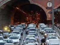 حجم بار ترافیکی در بزرگراههای پایتخت سنگین است