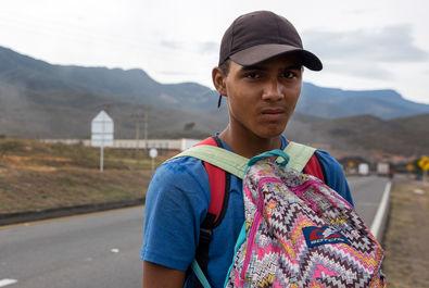 مهاجران ونزوئلا در راه کلمبیا