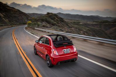 پایگاه خبری آرمان اقتصادی 2019-Fiat-500C-Abarth-Cabrio-08 فیات 2019 چند؟ +تصاویر