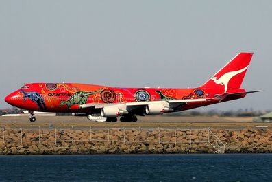 Qantas_Boeing_747-400ER