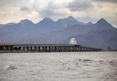 درخواست عجیب رئیس سازمان حفاظت محیط زیست/ آب دریاچه وان به ارومیه منتقل شود!