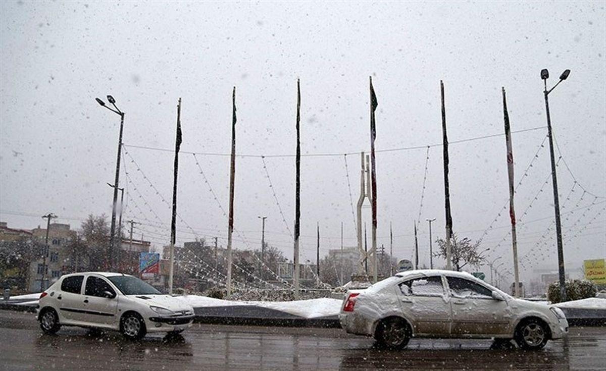 آسمان تهران امروز ابری و بارانی است